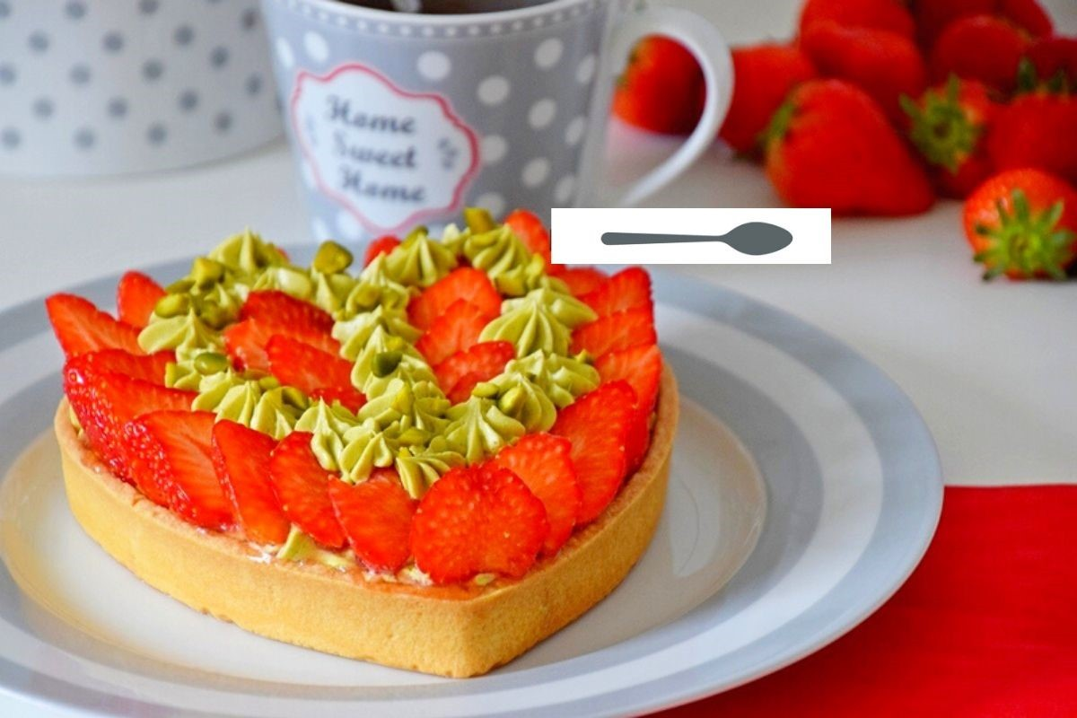 Tarte sablée mousseline de pistache et fraises gariguette