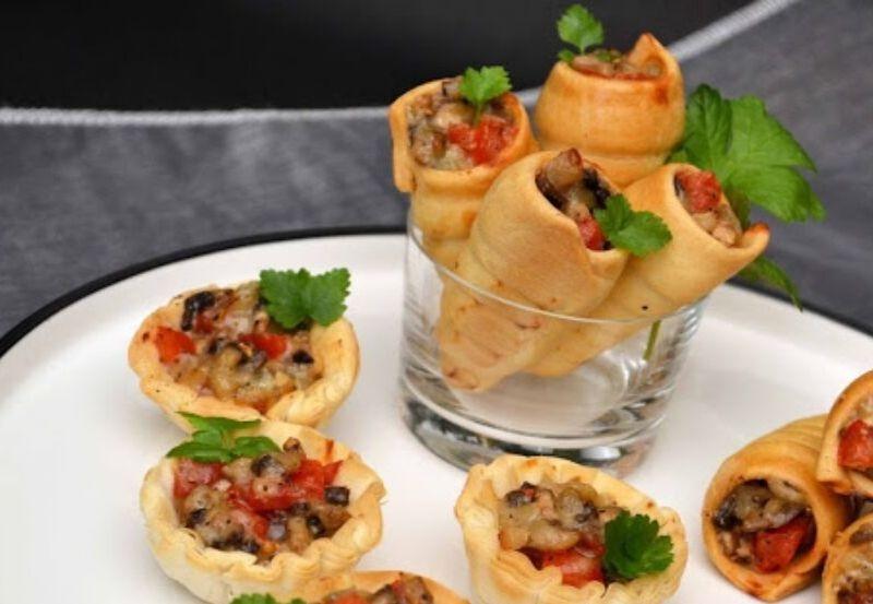 Mini Cornet Feuilleté champignons, gorgonzola et tomates cerises