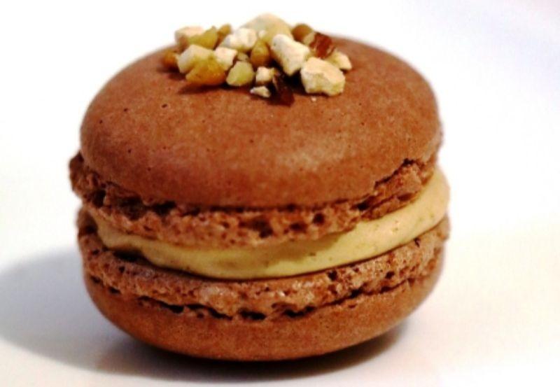 Macaron chocolat praliné