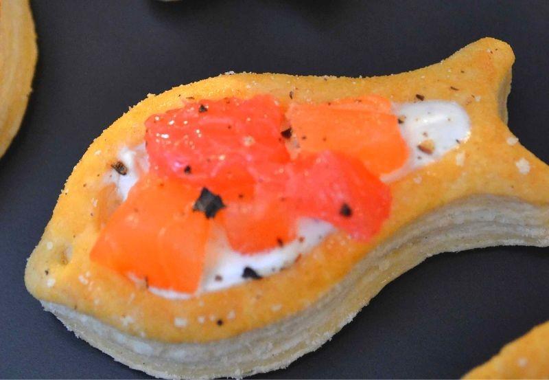 Mini bouchée poisson au saumon fumée et pamplemousse rouge
